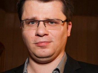 Чак Собчак и Мариросява: Харламов скрестил звезд Голливуда с российскими знаменитостями