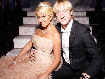 На фоне слухов о расставании с Рудковской Плющенко пожаловался на кризис в семье