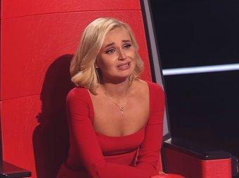 Убитая горем Полина Гагарина в слезах выбежала из студии шоу Голос (ВИДЕО)