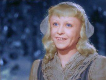 Неожиданное фото Золушки со съемок советского фильма-сказки вызвало фурор в Сети