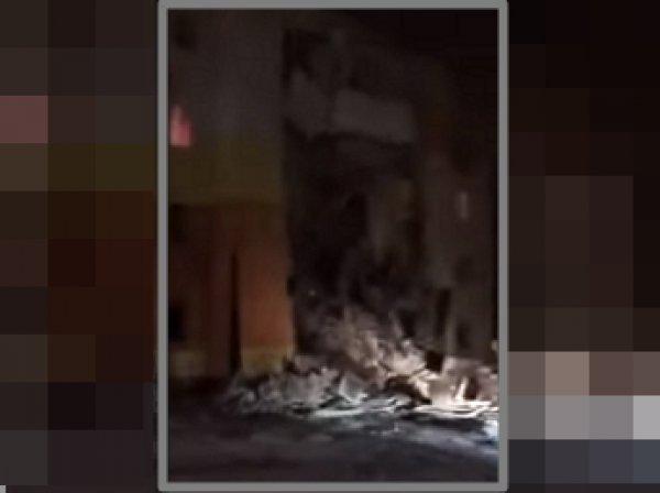 Взрыв газа под Белгородом: момент обрушения жилого дома попал на видео