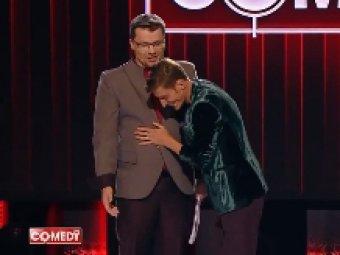 Очко запотело: Харламов и Воля показали ласки от эксперта-сексолога на сцене Comedy Club (ВИДЕО)