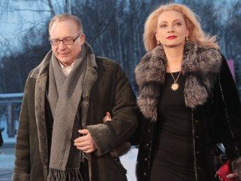 Невозможно взбодрить: композитор Максим Дунаевский разводится с седьмой женой