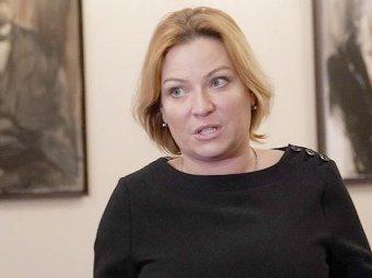 Я ни хрена не культурный человек: признания нового министра культуры и ее неприличное фото всплыли в Сети