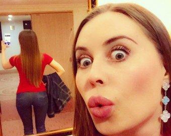 Пошел труселя менять: Михалкова из Уральских пельменей шокировала фанатов видео 18+