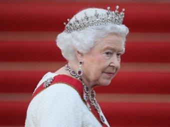 Елизавета II решила судьбу принца Гарри и Меган Маркл
