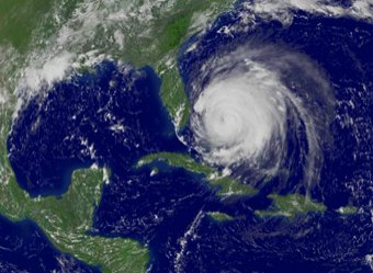 На Москву движется фантастический циклон