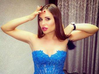 Ваше платье неуместно: Михалкова в вульгарном наряде на фото с маленькими девочками взбесила Сеть
