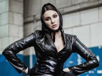 Дебилизм и идиотизм: певица Maruv нецензурно обратилась к критикам 23 февраля