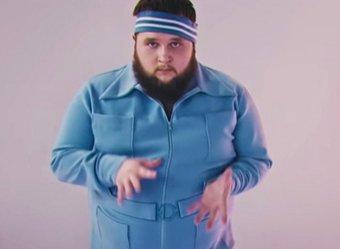 Пухляш-танцор из клипа Little Big поедет на Евровидение