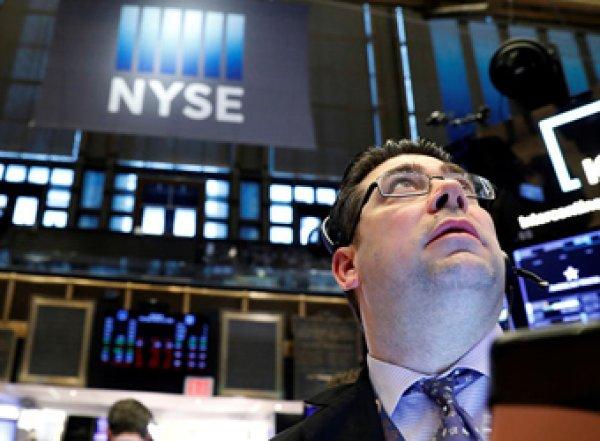 Фондовые рынки США пережили крупнейший обвал за 30 лет