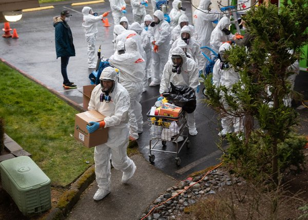 """""""Настоящий ад"""": США лидируют в мире по числу зараженных коронавирусом (ВИДЕО)"""