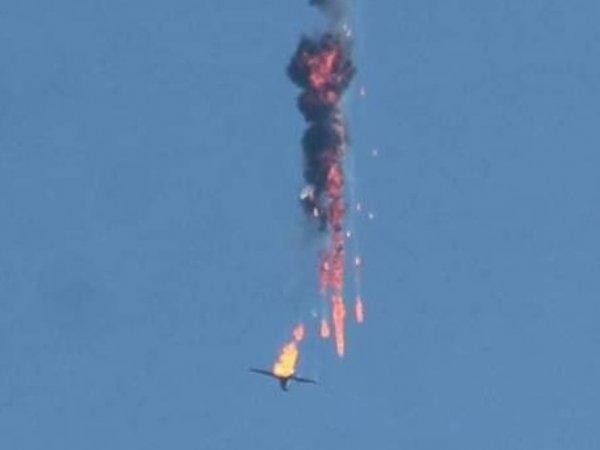СМИ: турецкие военные сбили два самолета Сирии