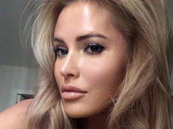 Она поплыла, совсем неадекват: эскортница Дана Борисова шокировала Сеть трезвым фото без фильтров