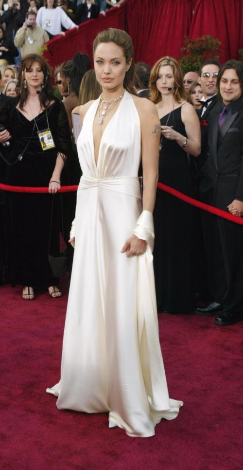 Анджелина Джоли, 2004