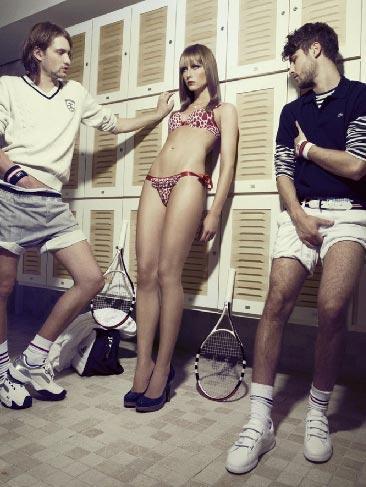 Порно раздевалки моделей