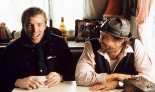Режиссер Гай Ричи и Брэд Питт на съемках картины «Большой куш», 1999 год.