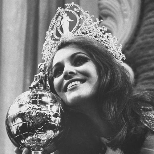 Марта Васконселлос, Бразилия. «Мисс Вселенная — 1968». 20 лет, рост 172 см.