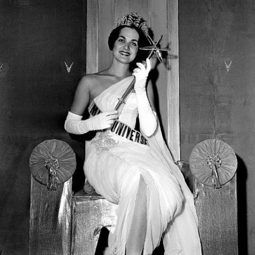 Линда Бемент, США. «Мисс Вселенная — 1960». 18 лет, рост 167 см.