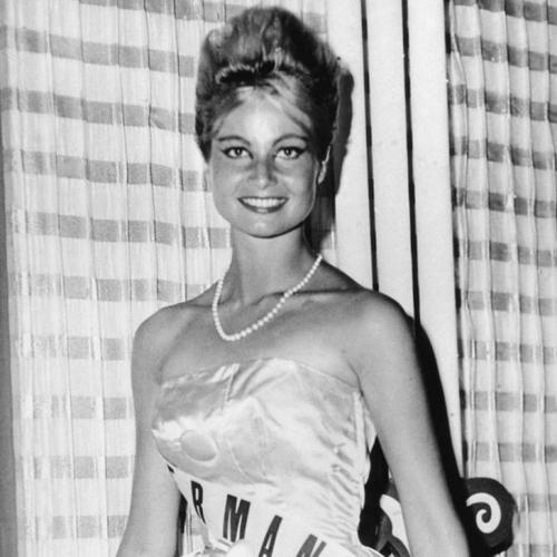 Марлен Шмидт, Германия. «Мисс Вселенная — 1961». 24 года, рост 173 см.