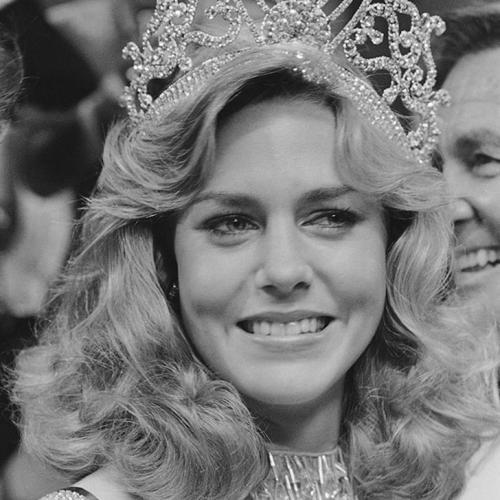 Шон Уизерли, США. «Мисс Вселенная — 1980». 20 лет, рост 173 см, параметры фигуры 89−63,5−89.