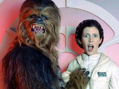 ����� ������ (Peter Mayhew) � ����� ����� (Carrie Fisher)
