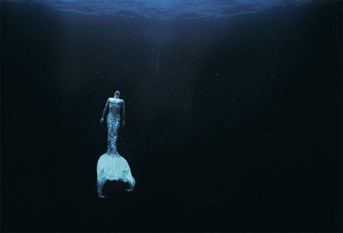 Кстати, и собственная  дочь Зены  тоже неоднократно становилась подводной моделью для мамы…