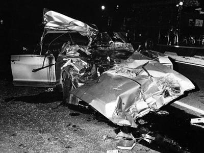 На задних креслах машины, следующей в Луизиану, находились трое детей звезды, которые получили незначительные травмы и остались живы. Что же касается Джейн, то ходили слухи, что в этом ДТП ей оторвало голову.