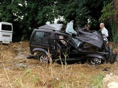 Его автомобиль Mitsubishi Pajero столкнулся с автобусом недалеко от города Пуэрто-Плата. От полученных травм Йоханн погиб на месте. Трагедия случилась за две недели до 41-го дня рождения певца.