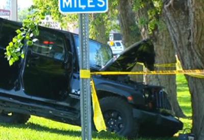 Когда мужчине внезапно стало плохо, он потерял управление своим автомобилем Jeep Wrangler, свернул с шоссе и врезался в дерево. Сразу после аварии Рэнди доставили в Медицинский центр Ларго, где звезда федерации WWE скончался от полученных травм.
