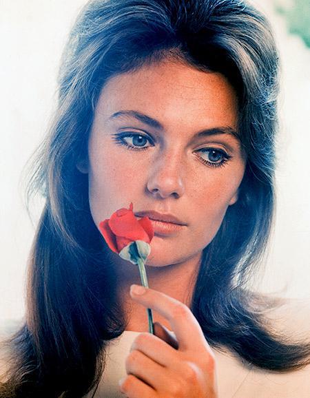 Актриса снялась более чем в 80 фильмах, попробовала себя в качестве модели. Женщине признавались в любви самые влиятельные, богатые и известные мужчины.