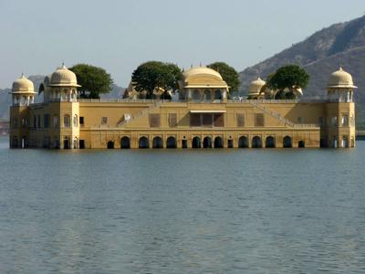 затопленные дома и храмы
