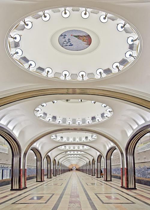 17 самых волшебных станций метро со всего мира