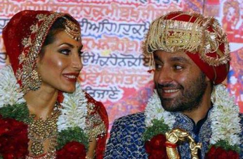 22fd1e24085401b Красивая свадьба в национальном стиле длилась десять дней в трех индийских  городах. Среди гостей были