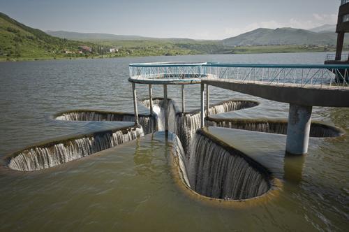 Самые удивительные объекты водной архитектуры