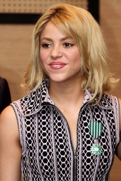 Шакира (Shakira)Колумбийская певица, танцовщица, композитор и продюсер IQ=140