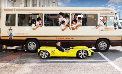 4. MiraiЭто транспортное средство называется так же, как водородный седан от компании Toyota. Сделали этот миниатюрный автомобиль высотой 45.2 см студенты Okayama Sanyo High School. Машине даже разрешено ездить по дорогам общего пользования.