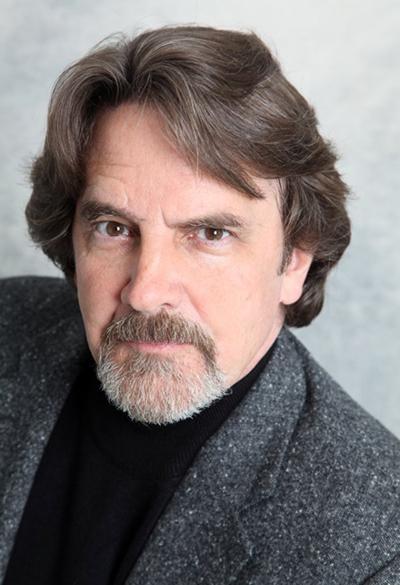 Мейсон Кэпвелл - Лейн Дэвис (Lane Davies) из Санта-Барбары в наши дни сегодня