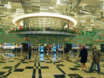 Окончание строительства: 1 июня 1991 года  Высота над уровнем моря: 7 метров  Количество терминалов: 4  Общая площадь: 11,28 кв.км