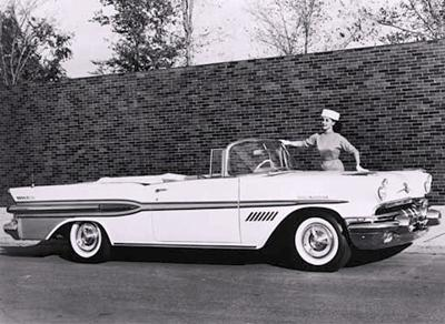 85. 1957 Pontiac Star Chief Custom Bonneville