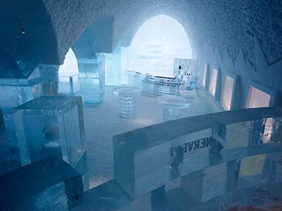������������� Icehotel ����������� �� ���� ������� ������� ���������, �� ������ ����������� ���� ������� ������������ ����������� ������������ ���-������ ���������� �� ����.