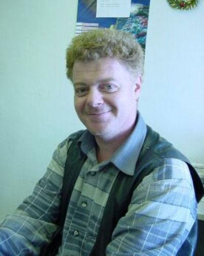 Ехавшего на велосипеде Крупенникова сбил мотоциклист. Похороны артиста, увлекавшегося математикой и создавшего свою компанию «Холодильный сервис», прошли в узком кругу 1 сентября.