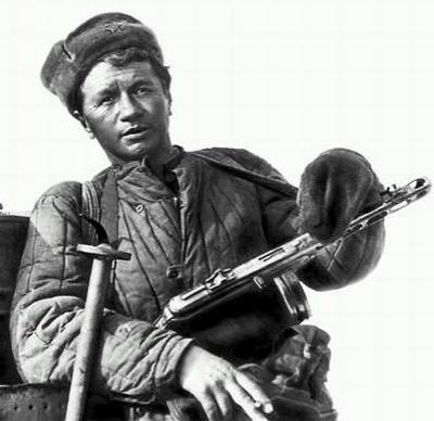 Леонид Федорович, навсегда оставшийся в народной памяти благодаря легендарным ролям в таких фильмах, как: «Дорогой мой человек» (1958), «Добровольцы» (1958), «Алешкина любовь» (1960), «На семи ветрах» (1962), «В бой идут одни «старики» (1973) и «Аты-баты, шли солдаты» (1977), был похоронен на Байковом кладбище в Киеве.