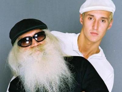 Певец, приложивший руку к легендарному альбому «SEX» (2004), от полученных травм скончался на месте. Похороны Дмитрия состоялись на Киновеевском кладбище, Санкт-Петербург.