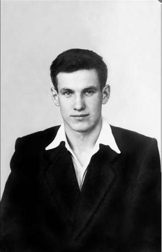 Борис Ельцин.