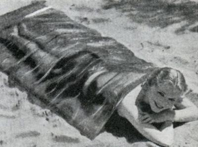 Целлофановое одеяло для здорового загара (1932)