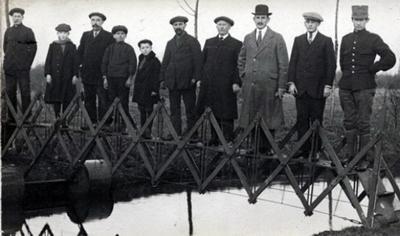 Складной мост для чрезвычайных ситуаций, перевозимый на тележке (Нидерланды, 1926)