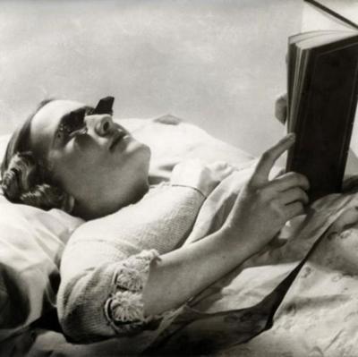 Очки для чтения лежа (Великобритания, 1936)