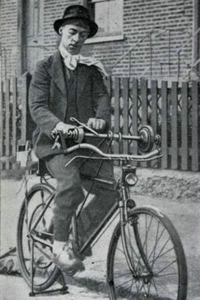 Велосипед для точки ножей (Великобритания, 1940)