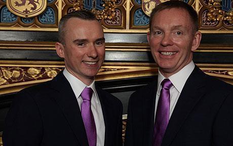 На фото: Брайант и Джаред Крэнни - партнеры не только в политике. В 2010 году состоялось их официальное бракосочетание.